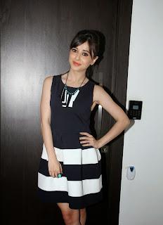 Actress Suzanna Mukherjee Pictures in Short Dress at Badmashiyaan Press Meet 1
