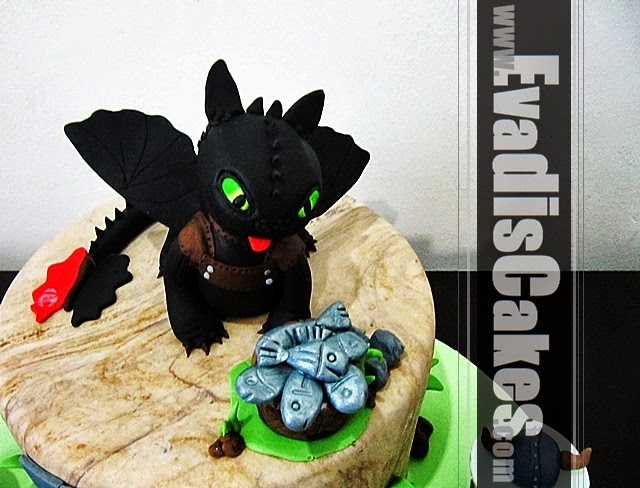 Top view picture of Toothless dragon cake