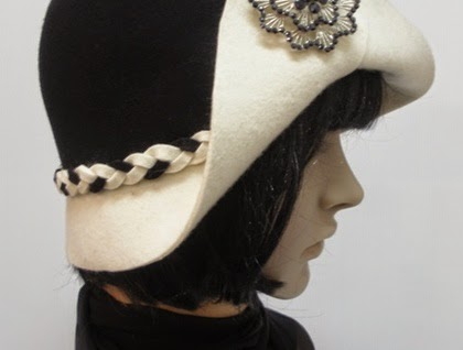http://felt.co.nz/listing/150725/Tallulah---1930s-Style-Cloche---Choice-of-Colours