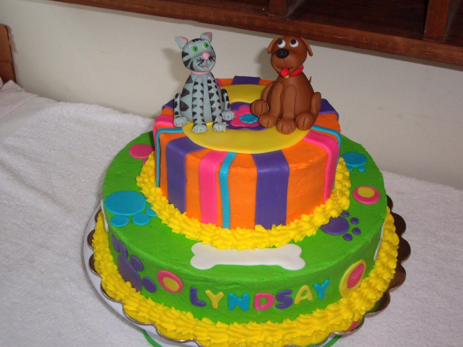 Pictures of Dog Cakes http://customcakesbychristy.blogspot.com/2011/03/lyndsays-cat-dog-cake.html