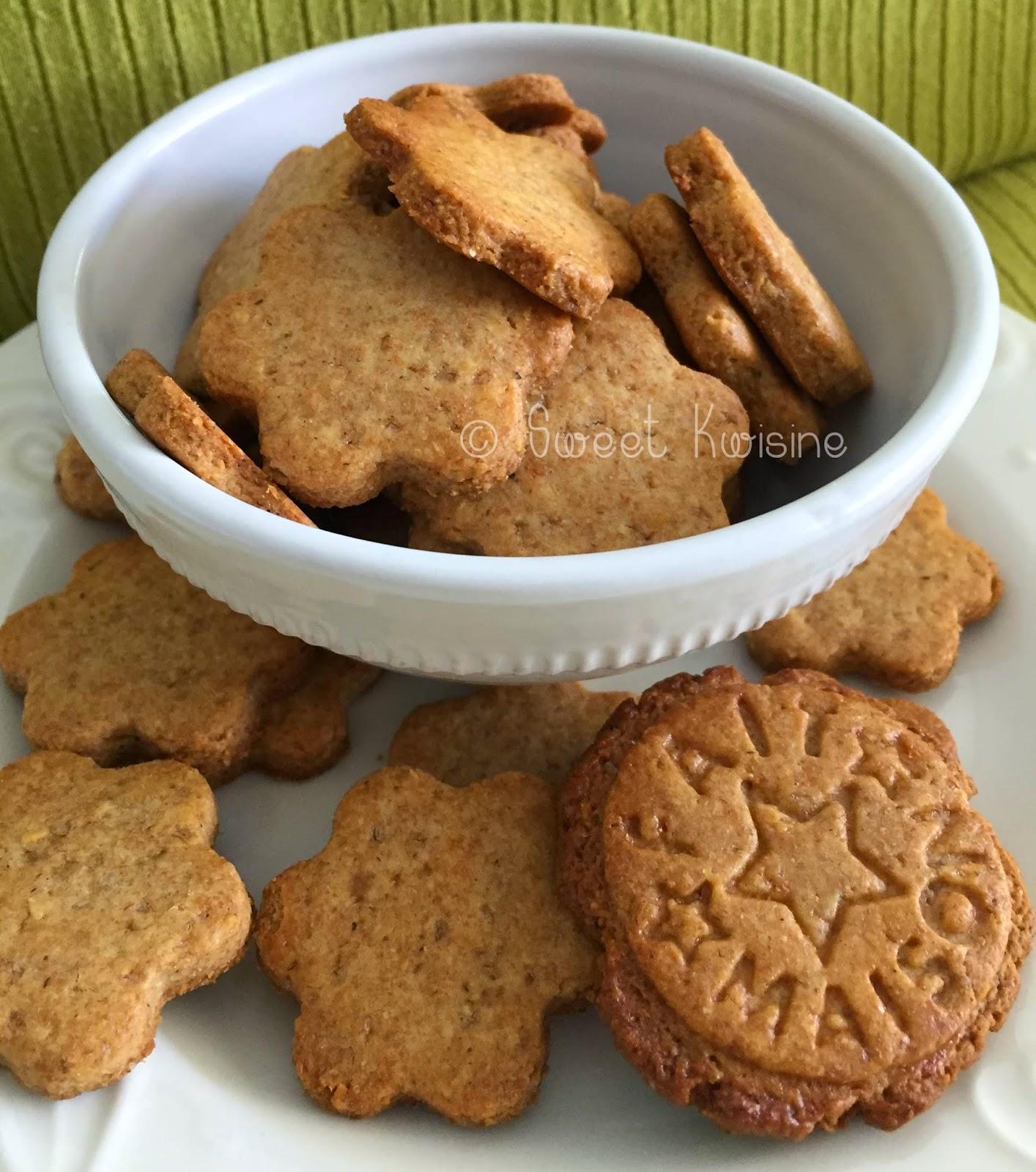 sweet kwisine, biscuits, sablés, farine complète, sans oeuf, miel, fève tonka, goûter