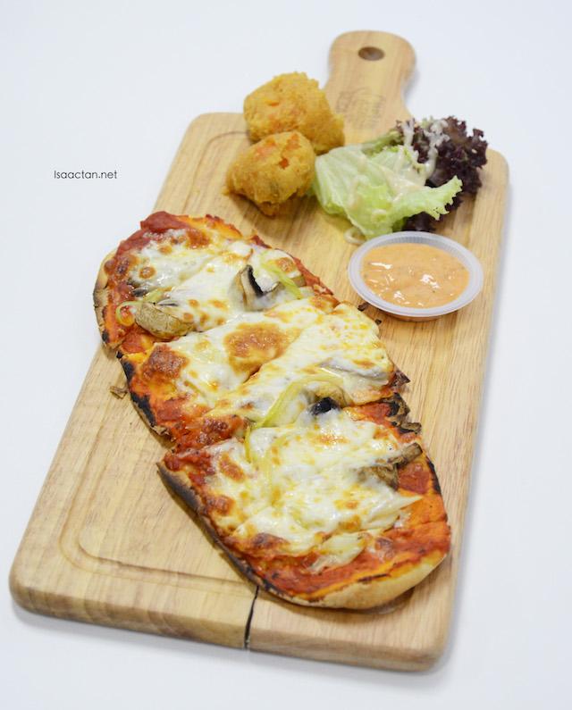 Crazy Mushroom Pizza - RM12.80