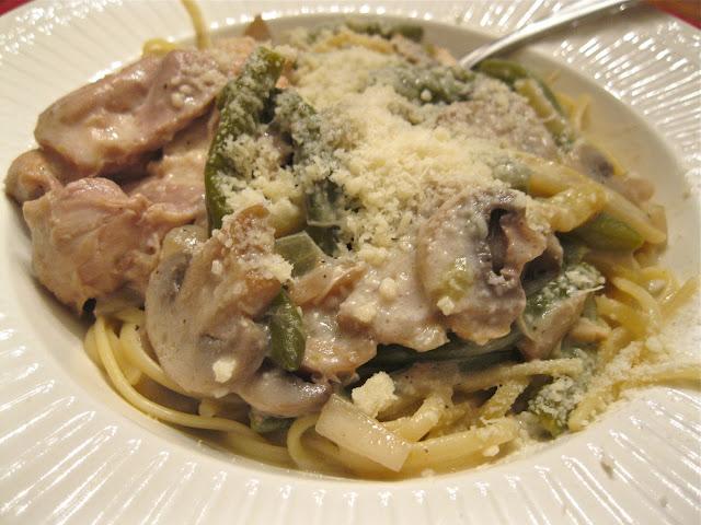 Bakeaway with Me: Slow Cooker Chicken Tetrazzini