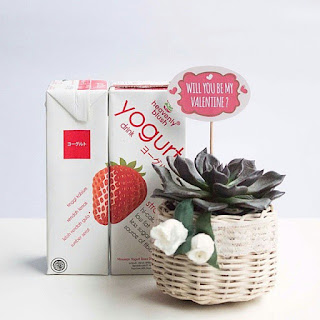 Yogurt Strawberry dari Heavenly Blush