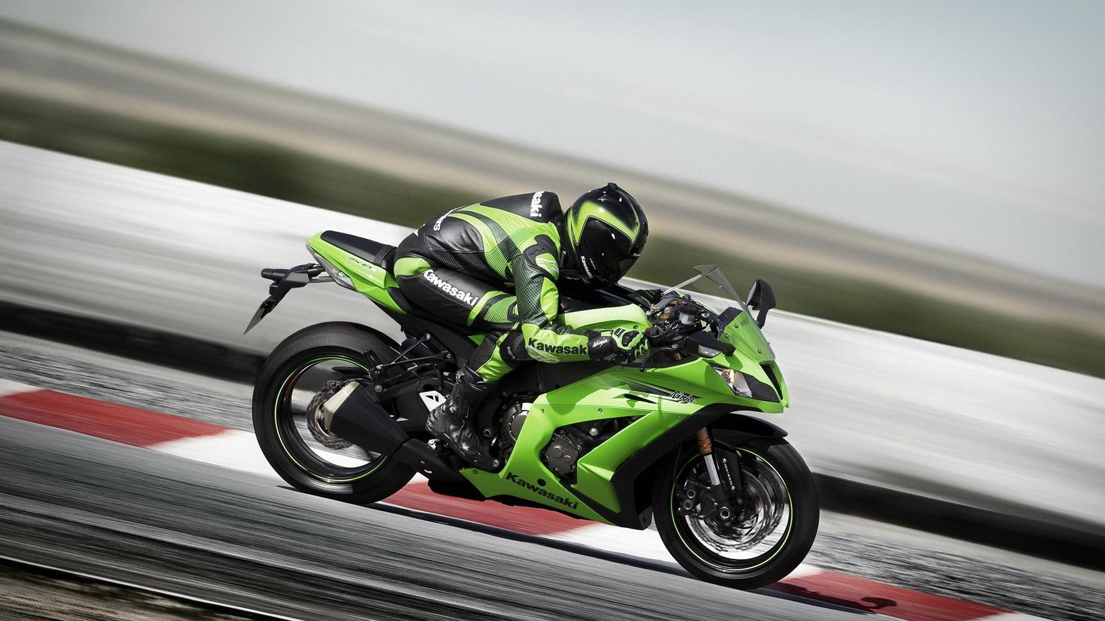 Kawasaki Ninja ZX 10R Photo For Desktop Wallpaper
