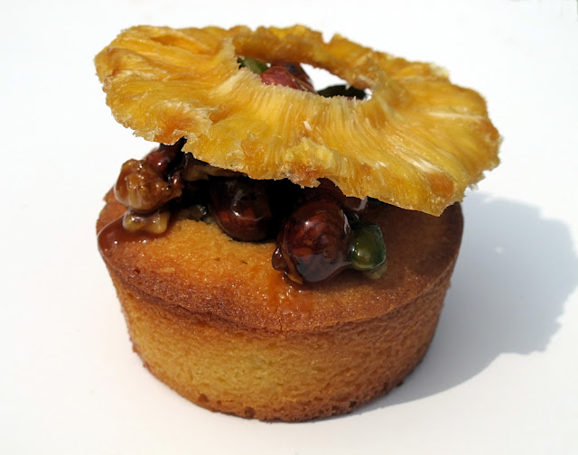 Nanashi - Paris - Nuts cake