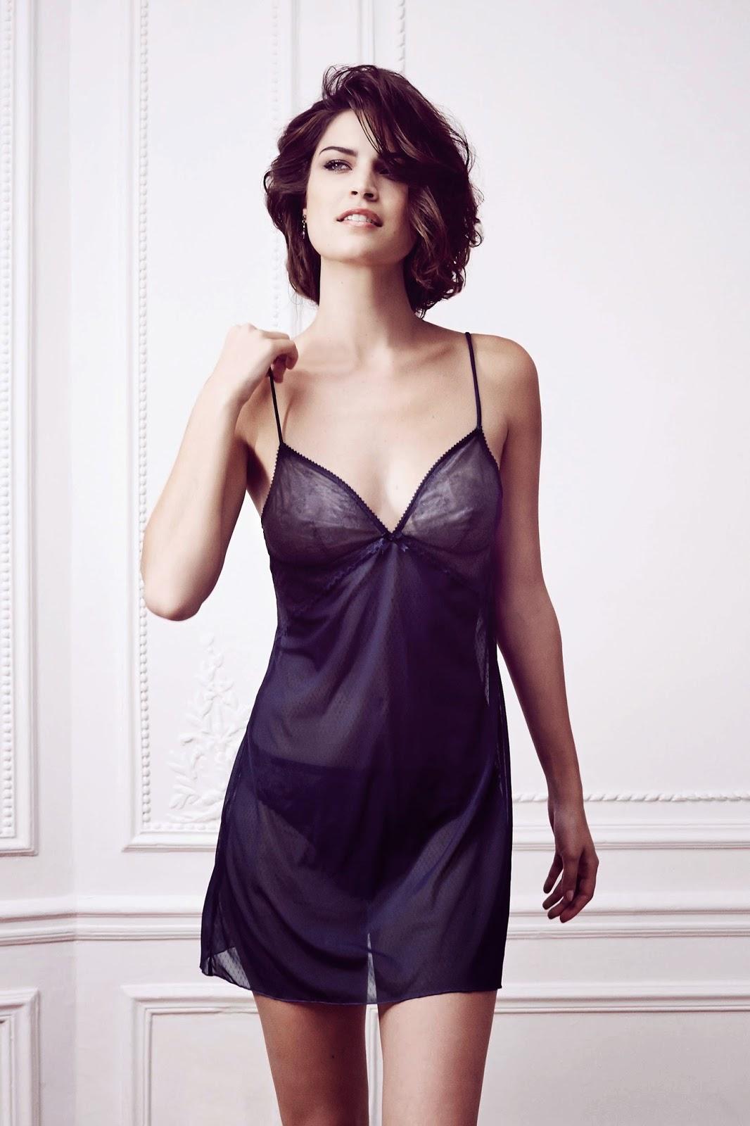 vanity fair lingerie d barque en france madame r ve paris. Black Bedroom Furniture Sets. Home Design Ideas