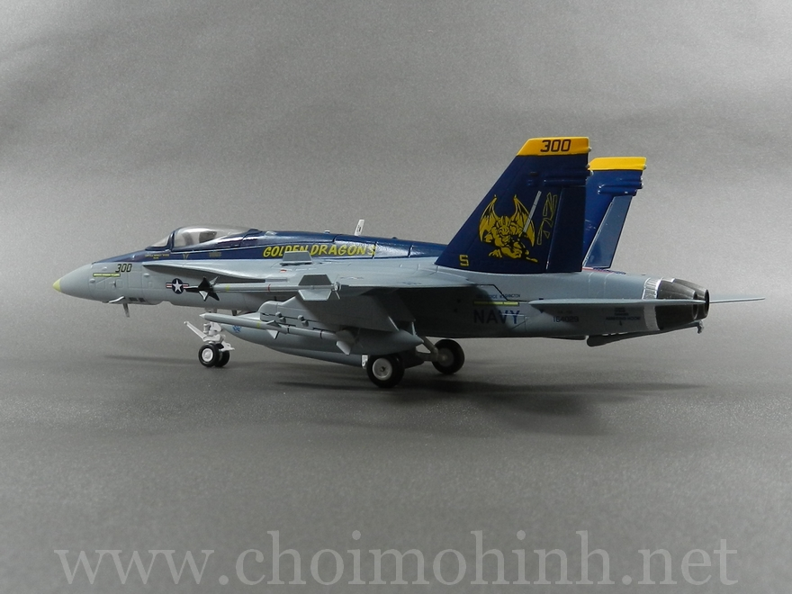 F/A-18C Hornet VFA-192 Golden Dragons 1:72 Witty Wings back