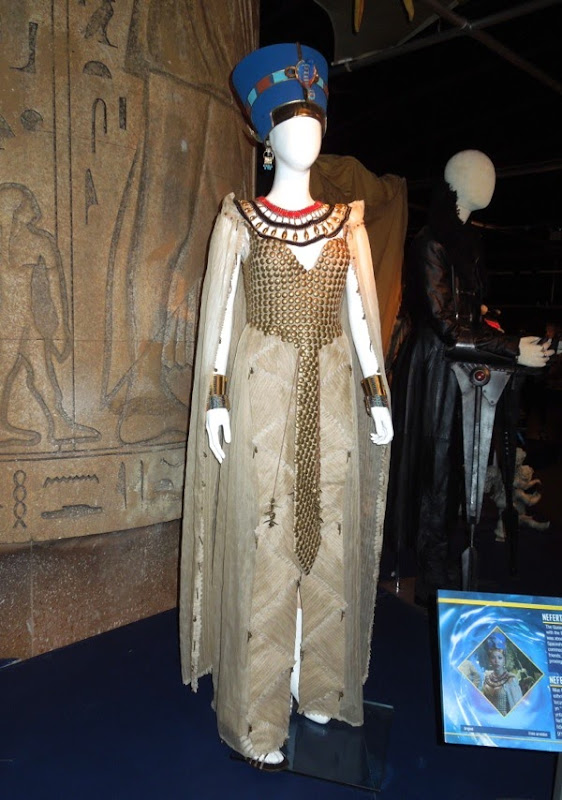 Queen Nefertiti Doctor Who costume