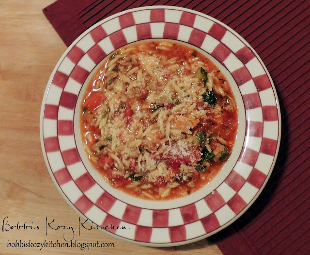 Bobbi's Kozy Kitchen: Stuffed Pepper Soup with Turkey Sausage and Orzo