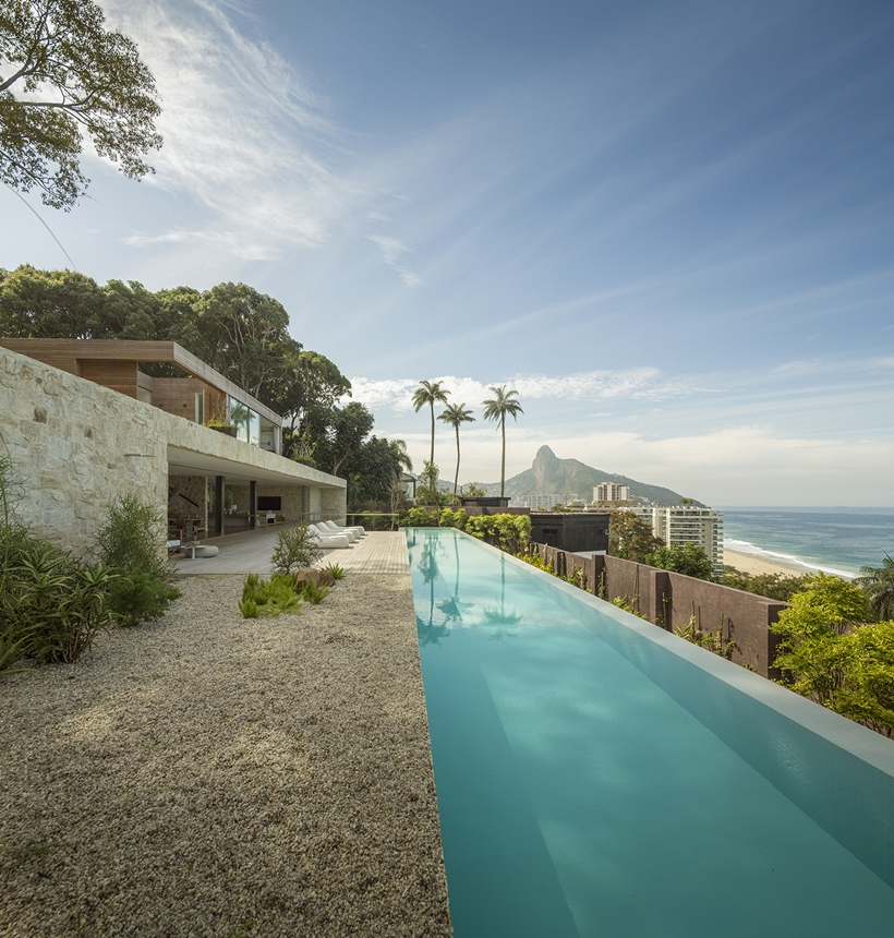 Dream home and swimming pool with the view of Rio and ocean