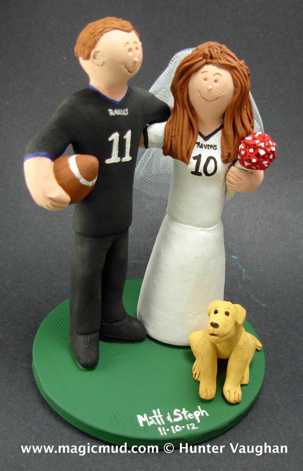 custom wedding cake toppers baltimore ravens fan 39 s wedding cake topper. Black Bedroom Furniture Sets. Home Design Ideas