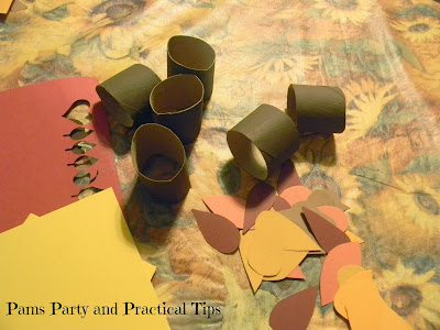 Cardboard tube napkin rings for Thanksgiving