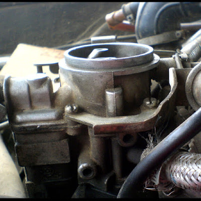 karburator mobil merek hitachi