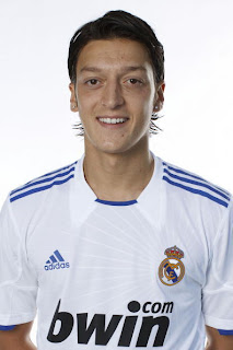 Mesut Ozil pictures by flygossip.com