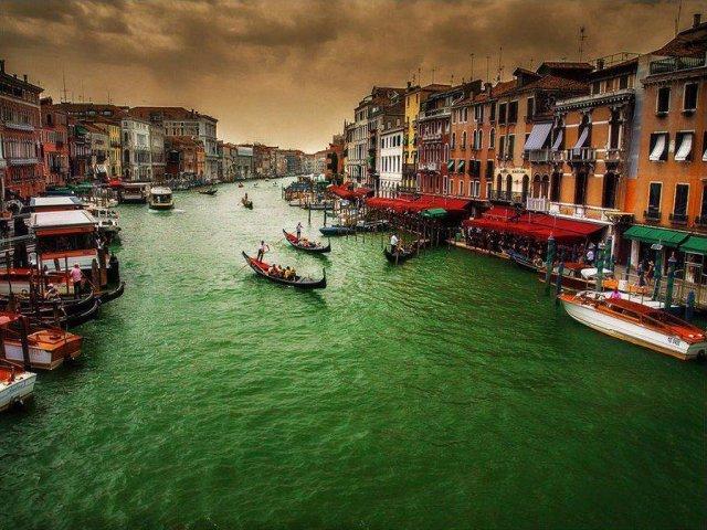 Veneza: fotos que parecem pinturas, canais e gondoleiros.
