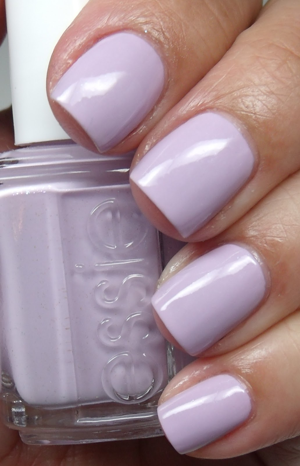 Colores de Carol: Essie -To Buy or Not to Buy/China Glaze Aquadelic
