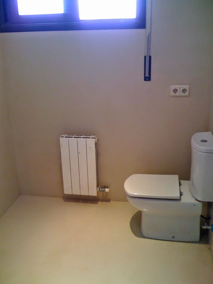 And n aplicaciones microcementosbarcelona es - Como aplicar microcemento sobre azulejos ...