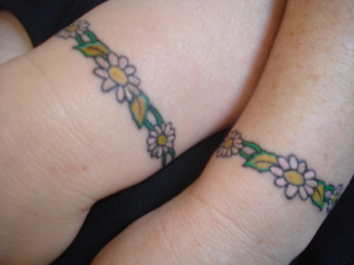 Daisy chain ankle tattoo imagesChain Bracelet Tattoo