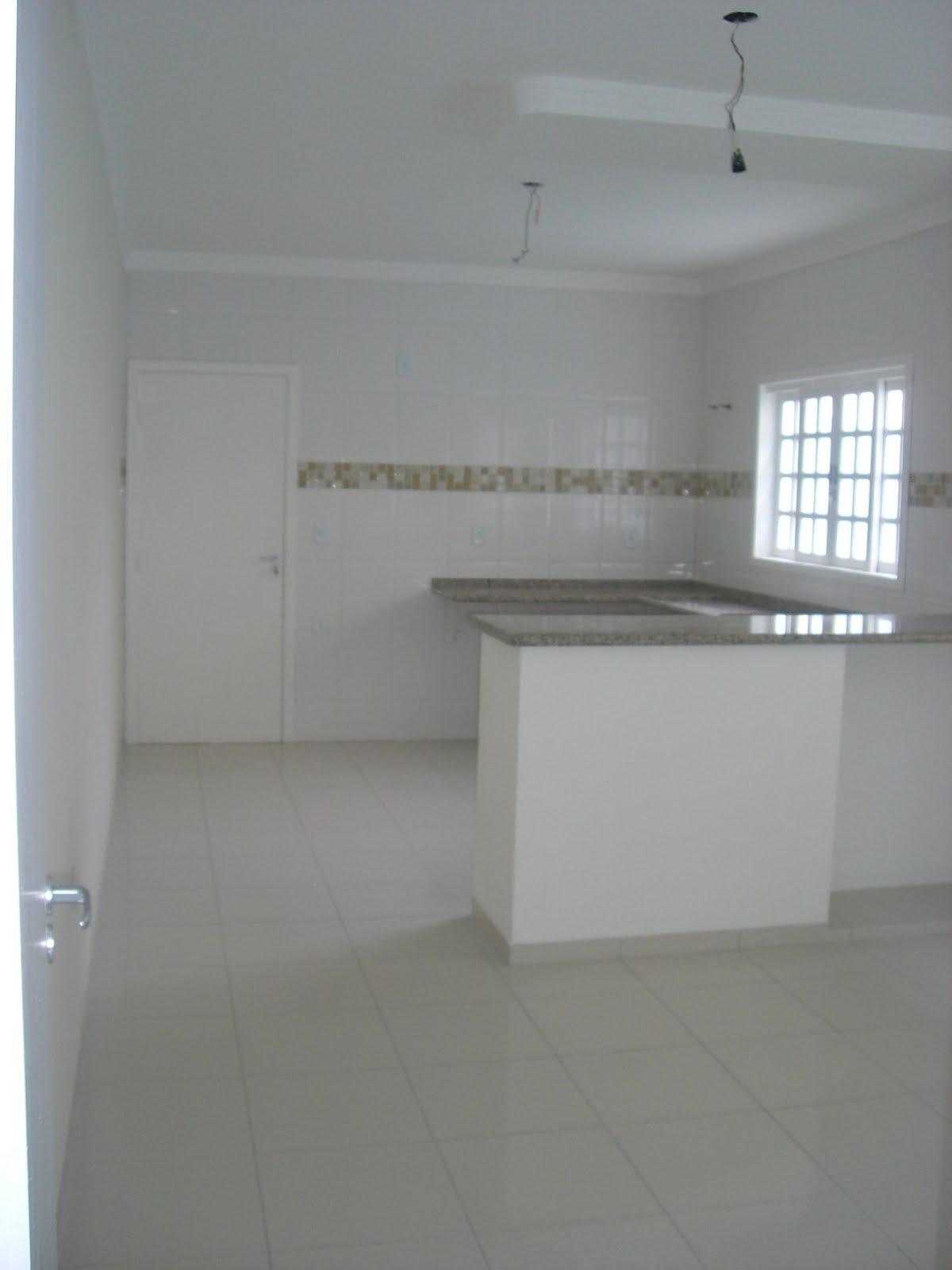 #50707B  com pia em área coberta área de serviço acabamento de alto padrão 1200x1600 px Projetos De Cozinhas Conjugadas Com Copa #489 imagens