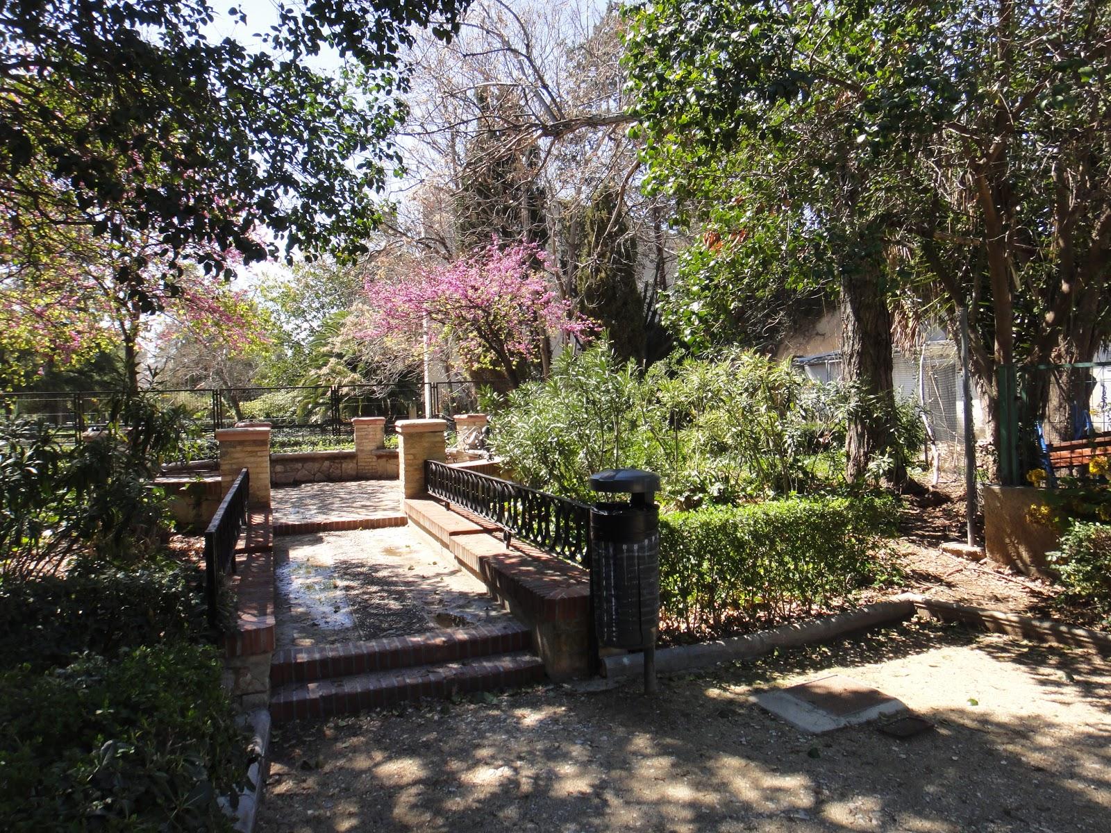 Han ganado los malos el bot nico de valencia for Precio entrada jardin botanico madrid