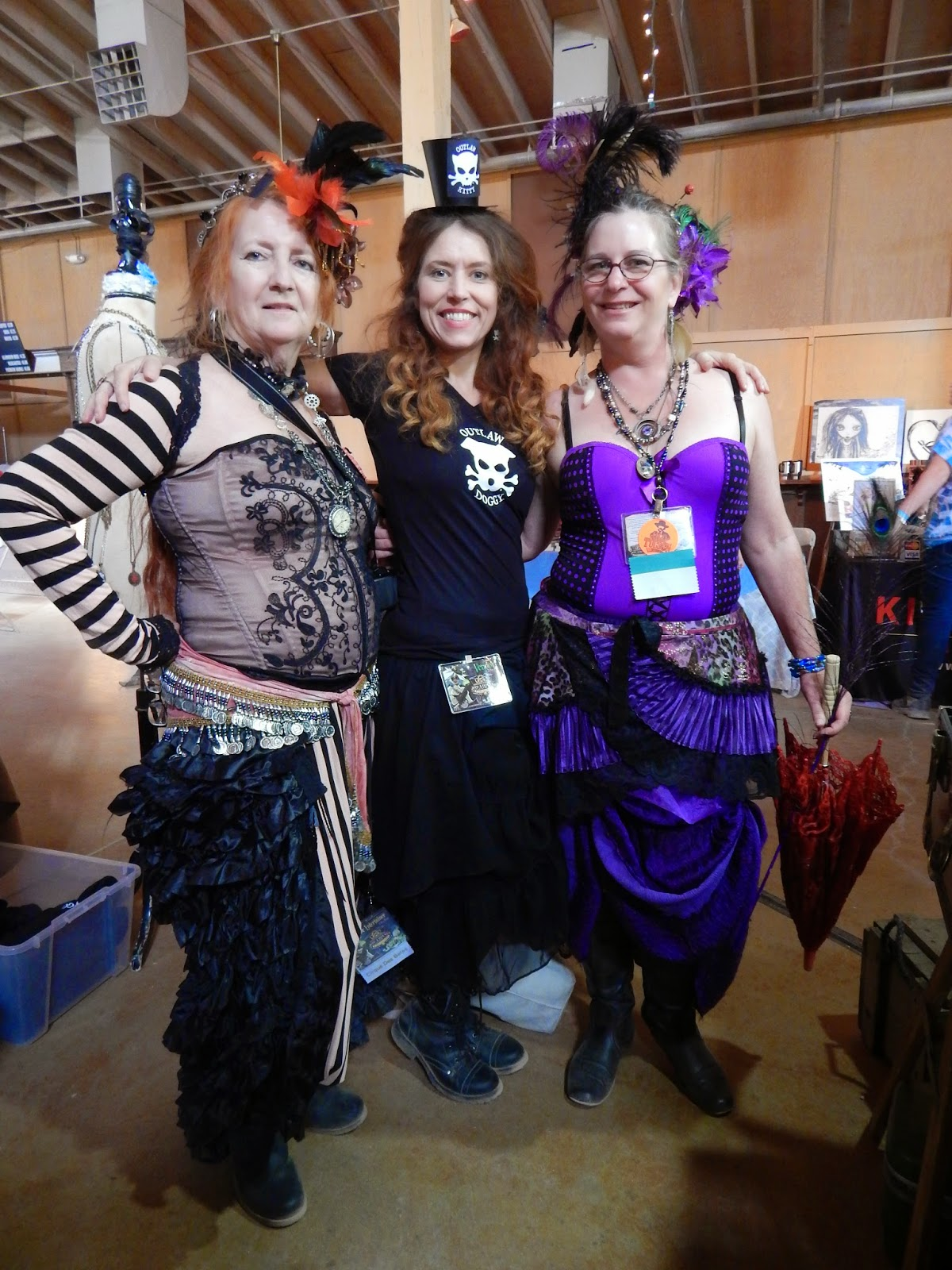 Wild Wild West Steampunk Con cosplay Outlaw Doggy /  BellyDancers