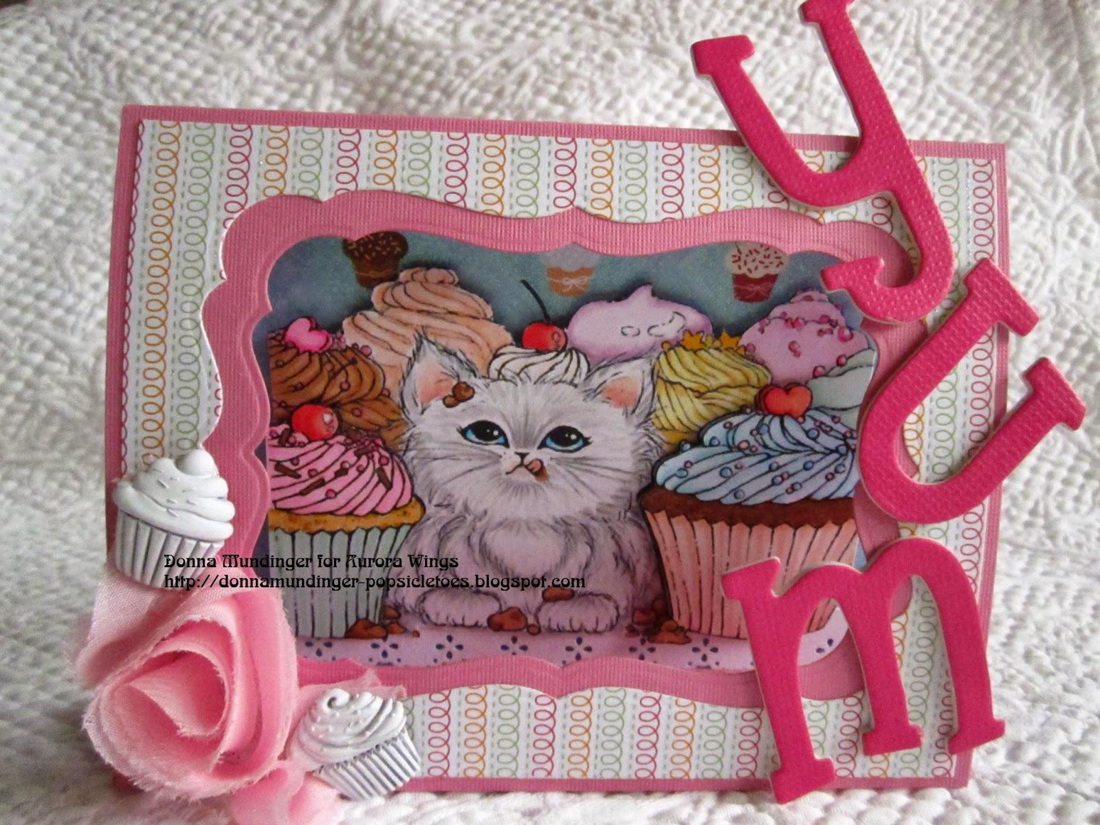 http://2.bp.blogspot.com/-upf2sxkAKBQ/VQXW00XdyCI/AAAAAAAAPqM/juezle3OcDo/s1600/Cupcake%2BKitten.jpg