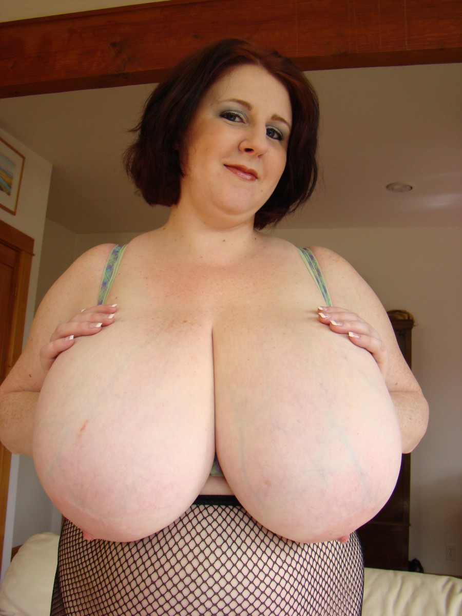 Big natural boobs bbw