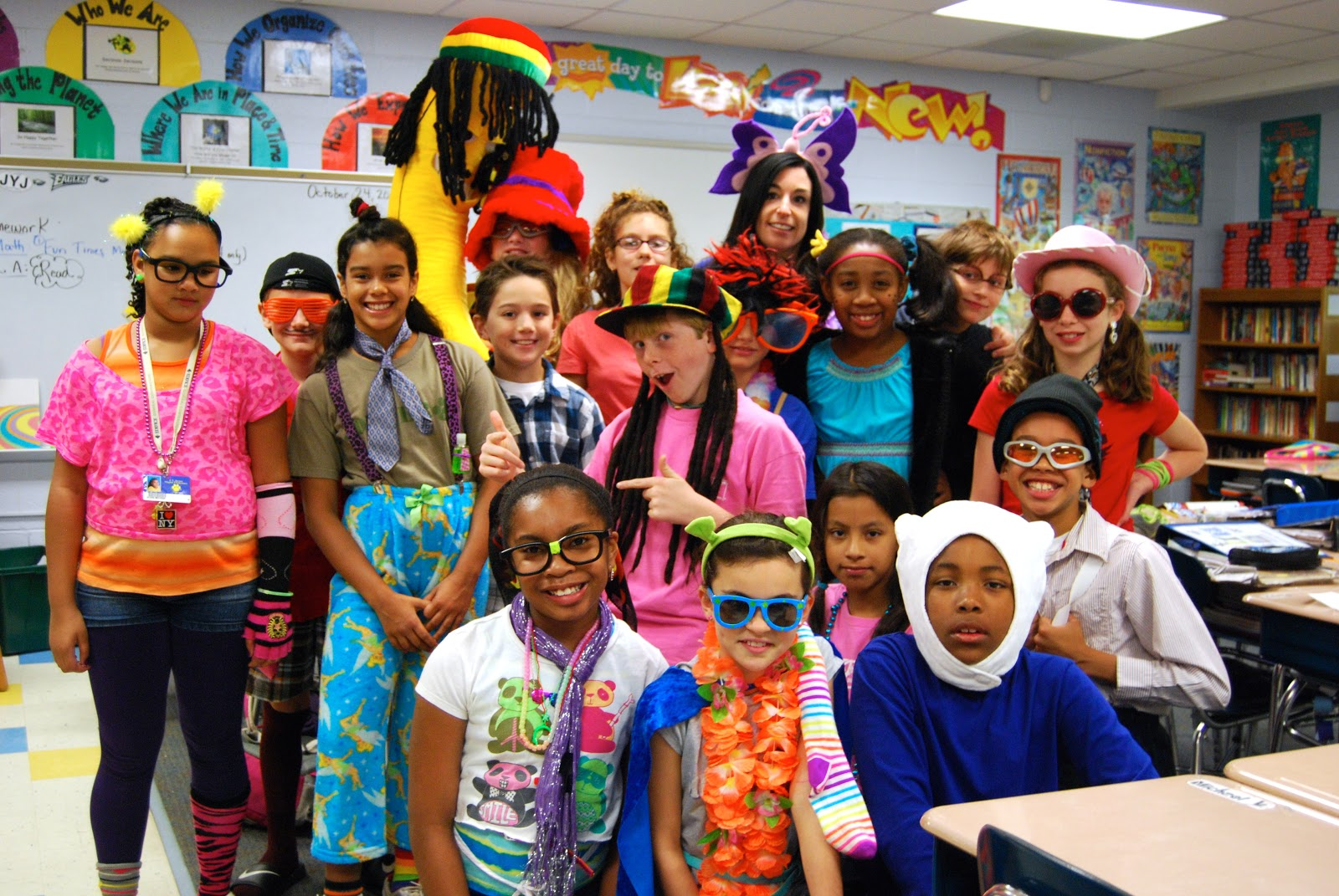Tacky Day Ideas http://joyner5bell.blogspot.com/2012_10_01_archive.html