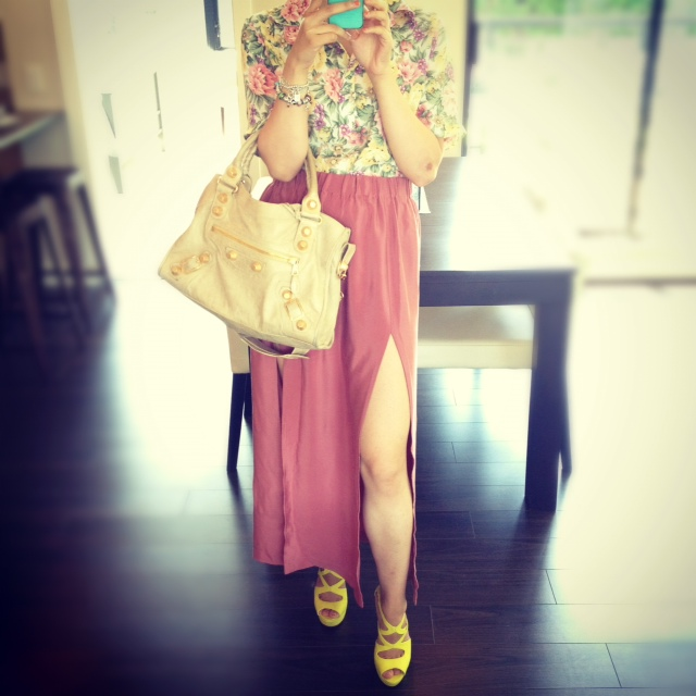 Balenciaga Sahara city with GGH, Floral shirt, Pink maxi skirt with DIY high slit, Yellow stelletto heels, summer outfit, Fashion, Style