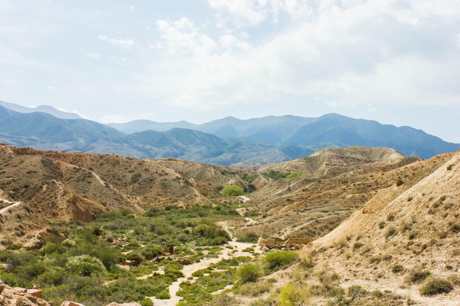 Кыргызские горы. Кыргызстан. Манжылы-Ата