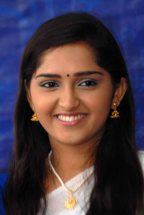 sanusha hot images