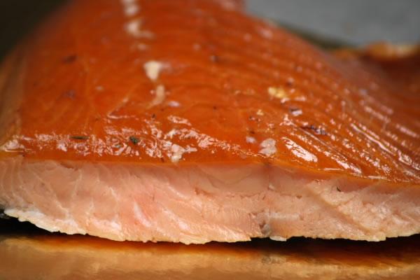 http://2.bp.blogspot.com/-uqaxsY0xT9k/TbFYDLsrEgI/AAAAAAAACG4/g_eINQg3Oi4/s1600/Salmon+ahumado+en+caliente.png