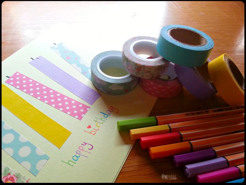 decorar con washi tape - tarjeta cumpleaños con washi tape colores