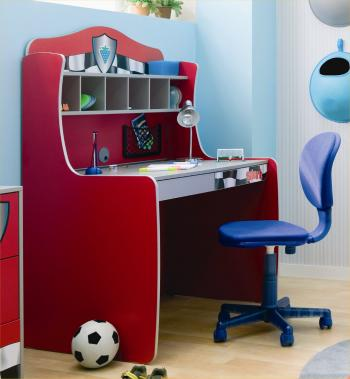 Wooden Stool Design Fr Study And Laptop : KIDS' STUDY TABLE WITH PROJECT LAMPS:-