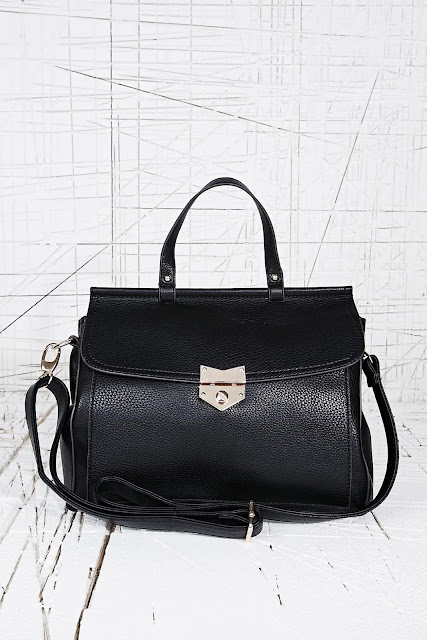 black leather Deena and Ozzy bag
