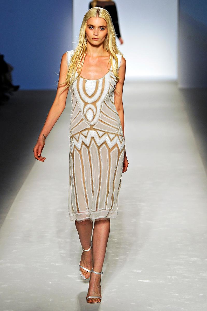 Fashion Show: Alberta Ferretti Spring Summer 2012 Milan ...
