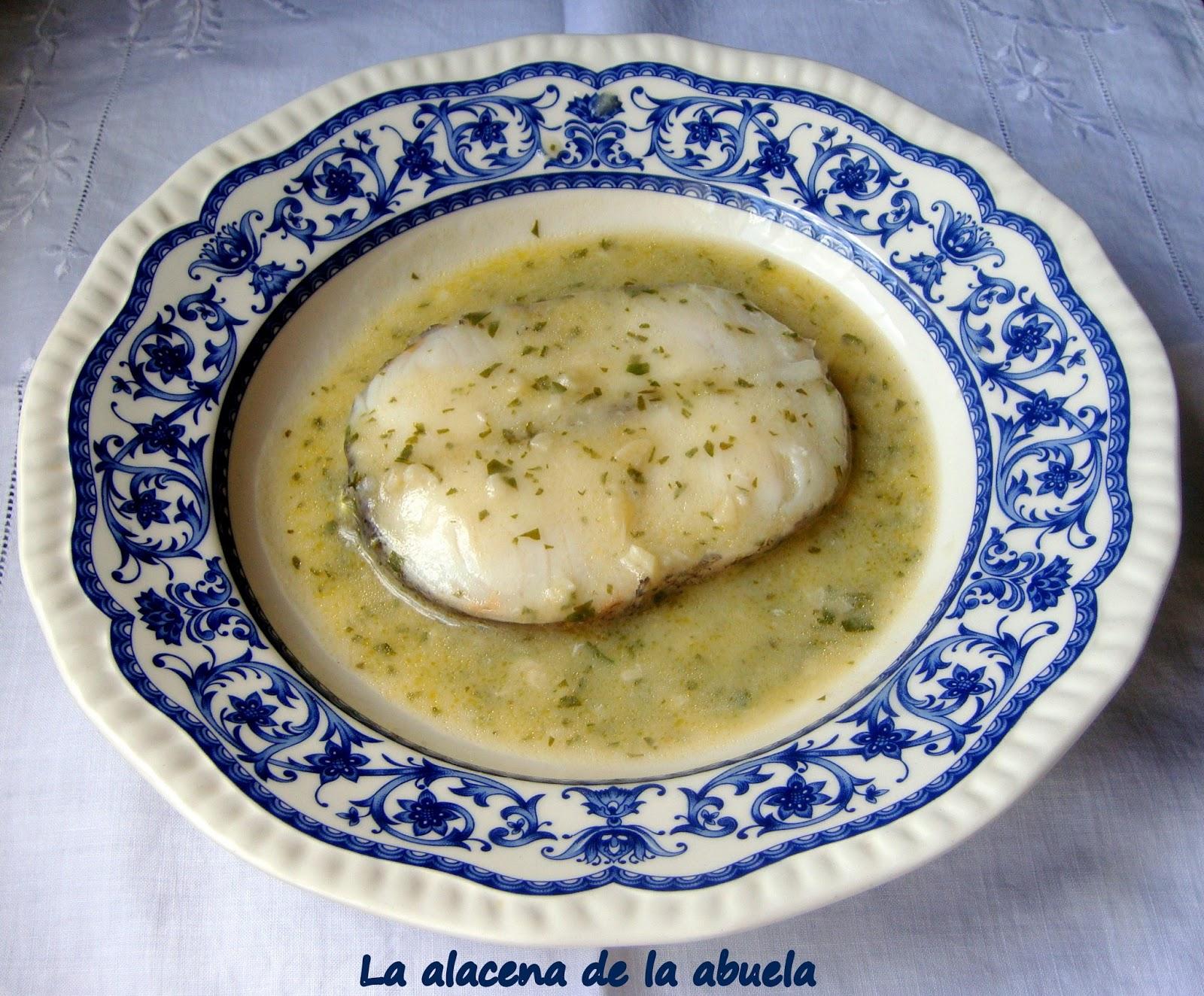 La alacena de la abuela carmen merluza en salsa verde for Cocina casera de la abuela