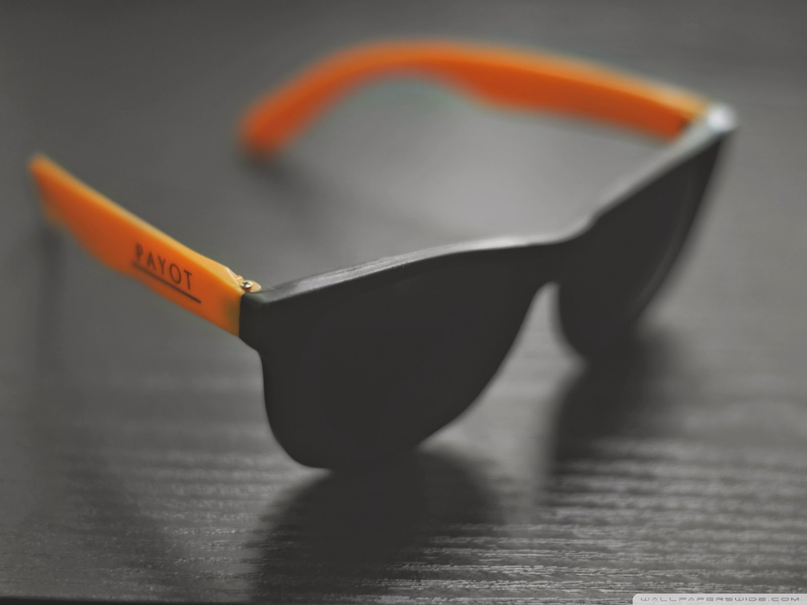 orange_sunglases-wallpaper-1680x1260