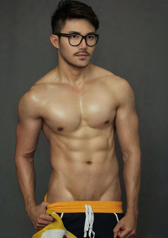 SEXY THAI MALE MODEL ASHITA XU CHAEMCHAMRAT