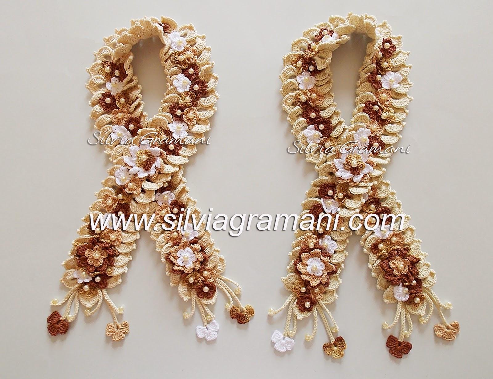 Cordões de Flores em Crochê
