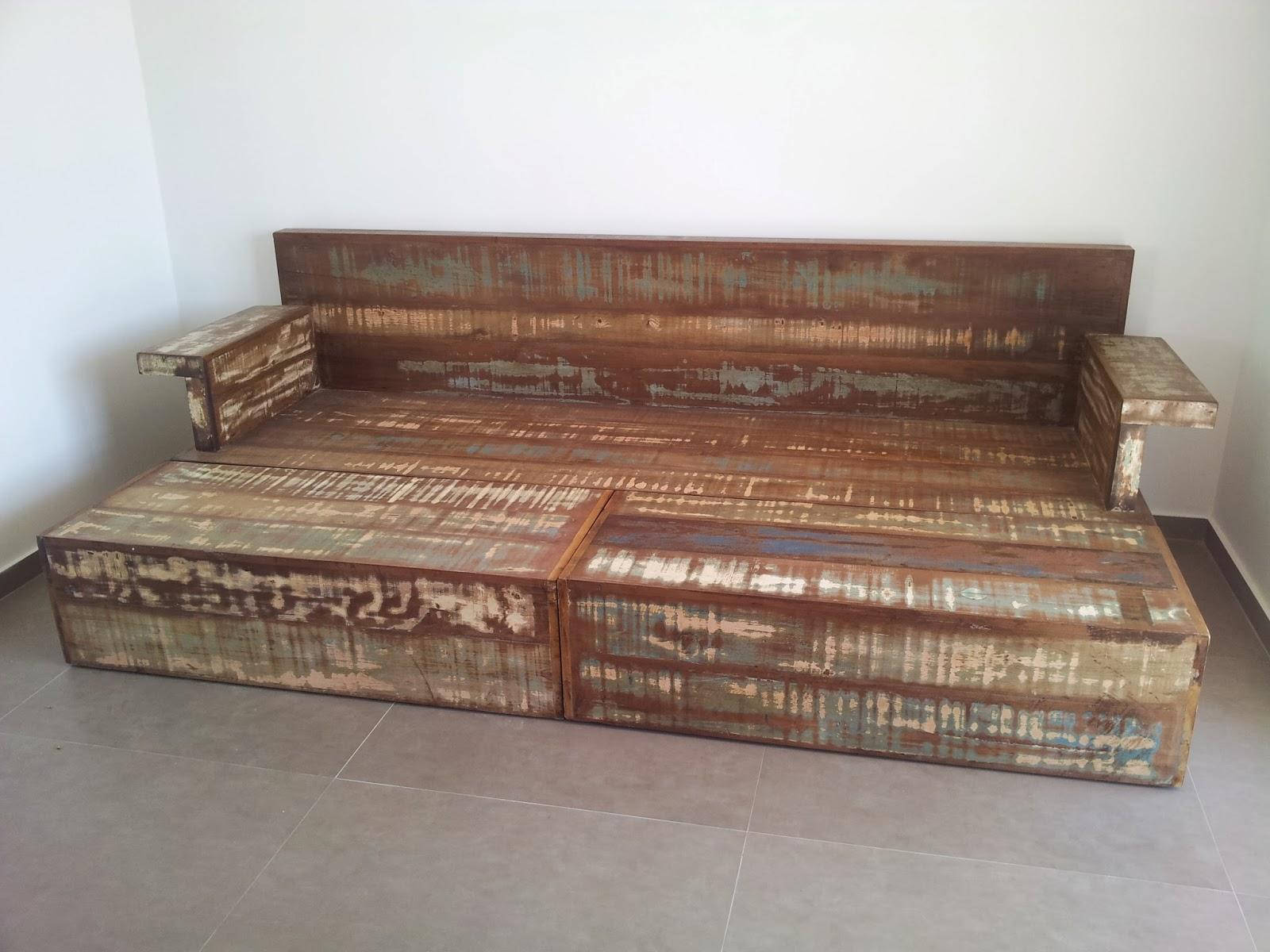 Marcio Pisoni: Sofá Cama de Madeira de Demolição #694839 1600x1200