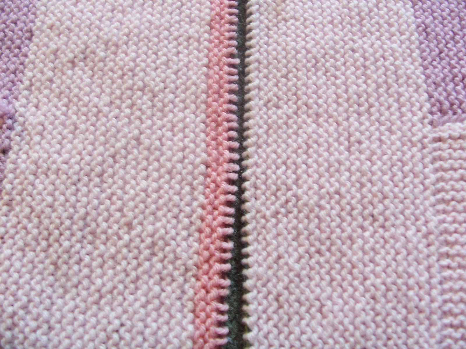 How To Graft Knitting Stitches Together : Life gets in the way of my Knitting!: Grafting Garter Stitch