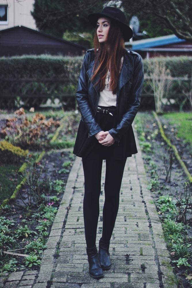 OOTD: Leather Jacket + Skirt