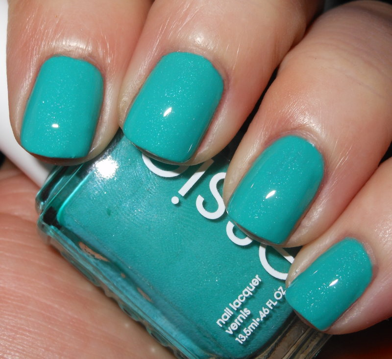 Imperfectly Painted: Essie Naughty Nautical