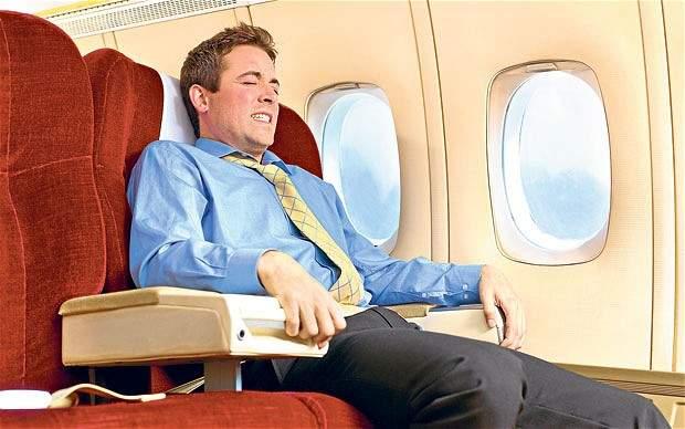 Cara Mengatasi Ketakutan Naik Pesawat