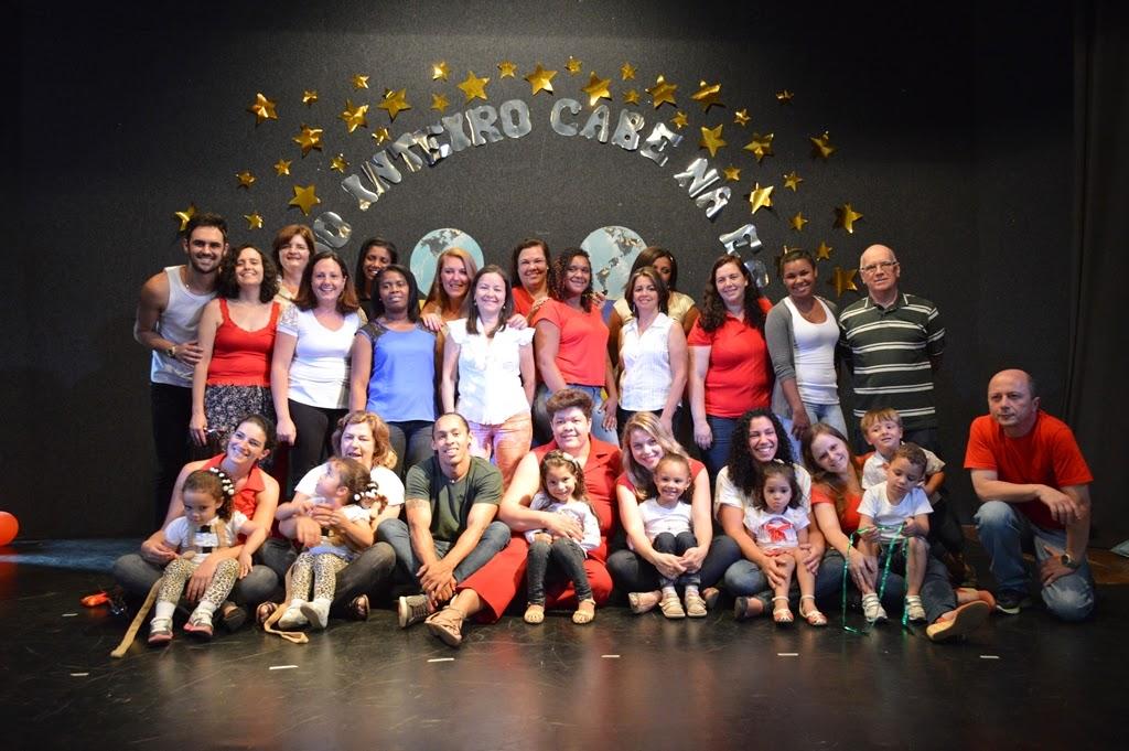 Equipe da Creche Missionário Manoel Mello Filho: satisfação do dever cumprido
