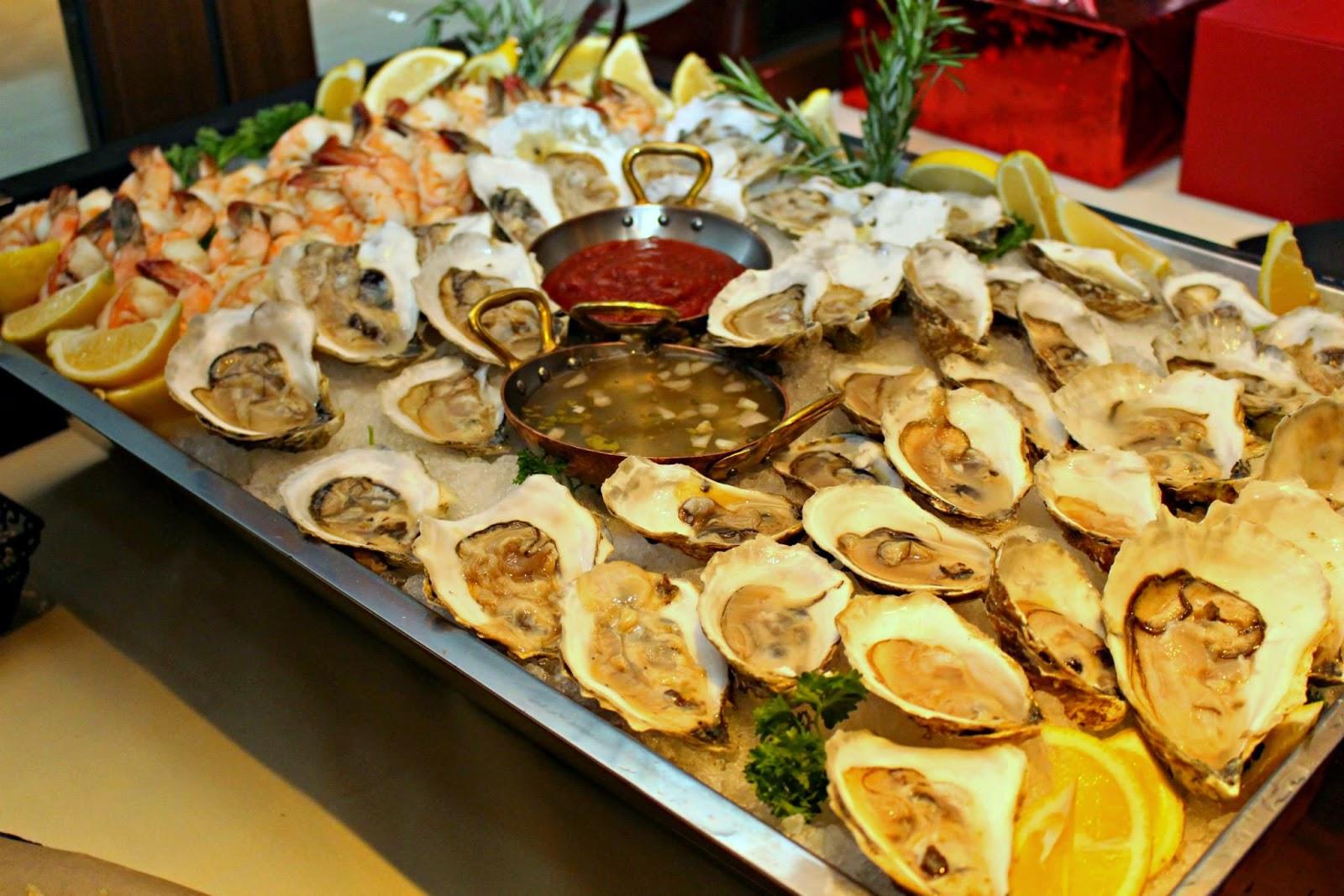 Mami-Eggroll: Holiday Party At Tuscan Kitchen in Burlington