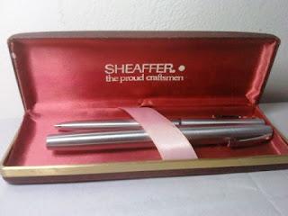 Sepasang Pulpen dan Pena Sheaffer