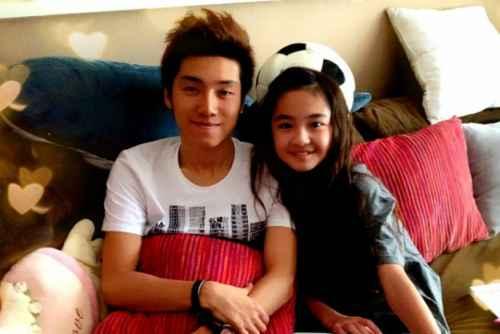 Zhang Muyi & Akama Miki